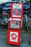 Munich Tyskland - Oktober 16, 2017: En typisk gataräknare av Royaltyfri Bild