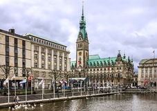 Municipio di Amburgo e fiume di Alster, Germania Fotografia Stock