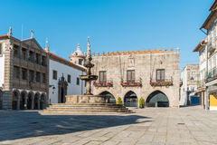 Municipio famoso al Praca da Republica a Viana do Castelo, immagine stock