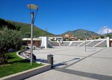 Municipio fyrkant i Fondi, Italien Royaltyfri Fotografi