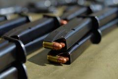 munizioni della pistola di 9mm Immagini Stock