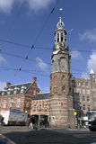 Munt torn i Amsterdam på munten Arkivfoton