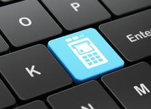 Muntconcept: ATM-Machine op de achtergrond van het computertoetsenbord Stock Afbeeldingen