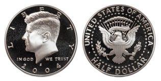 Muntstuk van de vijftig cent het halve die dollar V.S., op witte Achtergrond wordt geïsoleerd stock foto