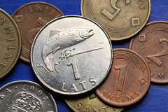 Muntstukken van Letland Stock Foto