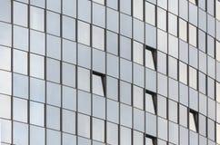 Mur arrondi du bâtiment en verre d'affaires photo stock