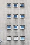 Mur avec des fenêtres Images stock