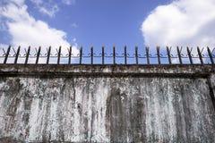 Mur avec des transitoires photos libres de droits