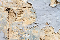 Mur avec la peinture d'épluchage Photo libre de droits