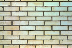 Mur avec les briques de couleur sable Image libre de droits