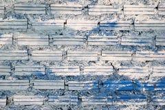 mur Blanc-bleu des briques pour le fond Photo libre de droits
