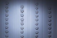 Mur bleu de couleur images stock