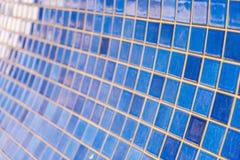 Mur bleu de tuile Photographie stock