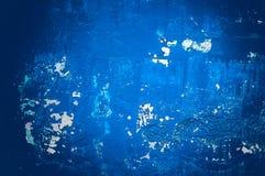 Mur bleu grunge, fond texturisé fortement détaillé image stock