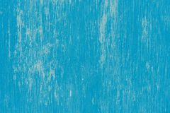 Mur bleu peint avec les courses verticales sèches photos libres de droits
