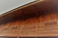 Mur boisé thaïlandais de maison Photo stock