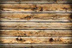 Mur brun naturel en bois de grange Modèle texturisé en bois de fond images stock
