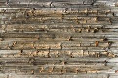 Mur brun naturel en bois de grange Modèle texturisé en bois de fond photo libre de droits