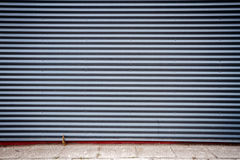 Mur cannelé en métal photos libres de droits