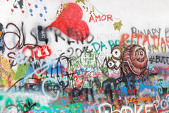 Mur coloré de graffiti Image stock