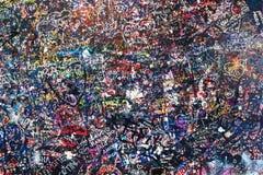 Mur couvert de messages d'amour Image libre de droits