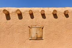 Mur d'Adobe image stock