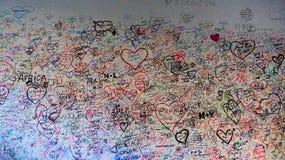 Mur d'amour de maison de Giulietta en Verona Italy Images libres de droits