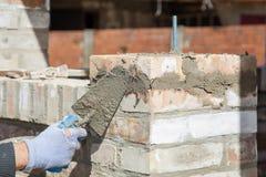 Mur de bâtiment de maçon Image stock