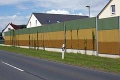 Mur de barrière de bruit Photographie stock