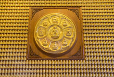 Mur de Bouddha d'or Photo libre de droits