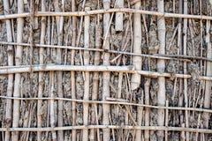 Mur de boue et de branches Images stock