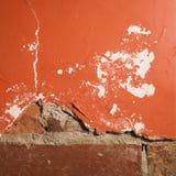 Mur de brique et de plâtre. Photos libres de droits
