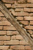 Mur de briques avec des faisceaux Image libre de droits