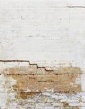 Mur de briques criqué Images libres de droits