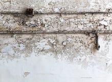 Mur de briques grunge avec le câblage photo libre de droits