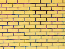 Mur de briques jaune photographie stock libre de droits