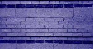 Mur de briques pourpre images libres de droits