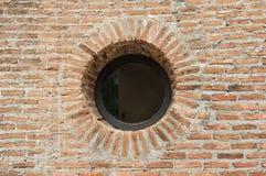 Mur de briques rugueux Images libres de droits