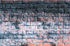Mur de briques superficiel par les agents Photo libre de droits