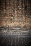 Mur de briques vieux Photos stock