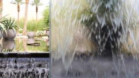 Mur de cascade d'inclinaison banque de vidéos