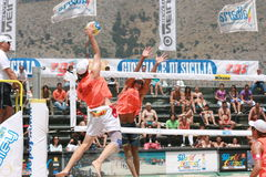 mur de demi-finale de beachvolley Photos libres de droits