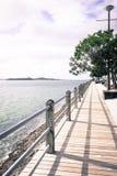 Mur de mer au port d'Auckland Photographie stock libre de droits