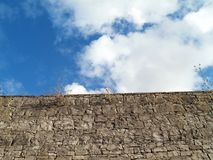 Mur de pierres Photos libres de droits