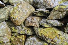 Mur de pierres sèches dans le secteur anglais de lac Photographie stock libre de droits