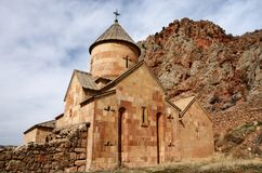Mur de postérieur d'église de Surb Karapet, Noravank, Arménie Images libres de droits