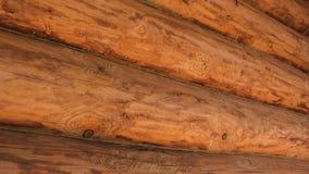 Mur de rondin de cabane en rondins coupée d'identifiez-vous Vue de côté photographie stock