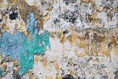 Mur de stuc d'écaillement photo stock