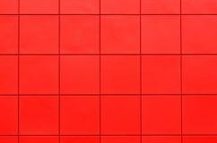 Mur de voie de garage en plastique rouge Photographie stock