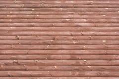 Mur des rondins frais Peinture de Brown photos libres de droits
